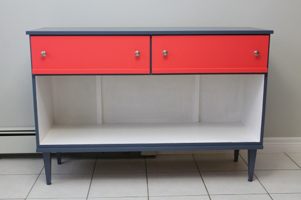 Sideboard 048